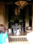 Kids praying at Kiyomizudera