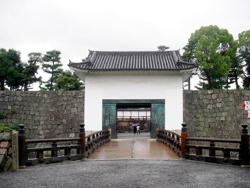 Nijo-jo Castle - Honmaru Palace Entry